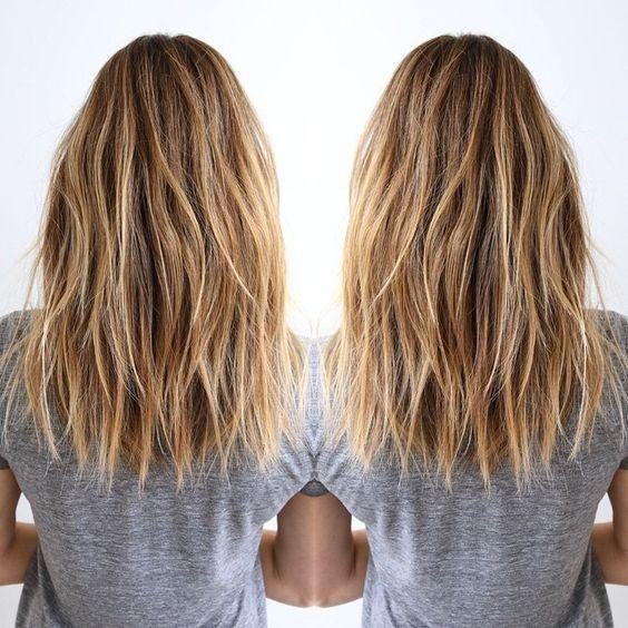 10 Heißesten Geschichteten Medium Frisuren //  #Frisuren #Geschichteten #Heißesten #Medium