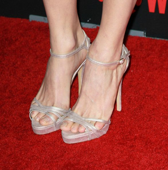 "Emmy Rossum Photos - Actress Emmy Rossum (shoe detail) attends the premiere reception for Showtime's ""Shameless"" Season 2 at Haus Los Angeles on January 5, 2012 in Los Angeles, California. - Premiere Reception For Showtime's ""Shameless"" Season 2 - Arrivals"