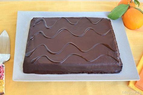 Con la torta Fiesta ho raggiunto un grado di riproduzione casalinga delle merendine confezionate quasi perfetto, infatti oggi sono molto orgogliosa di postarvi la ricetta che ho