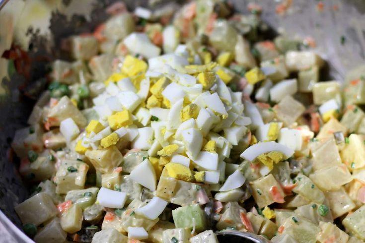 Falscher Kartoffelsalat aus Kohlrabi - KOHLENHYD-ART