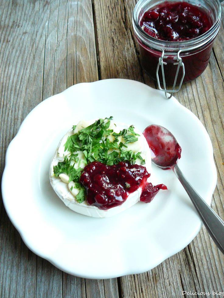 Delicious blog: Camembert s rybízovým čatní