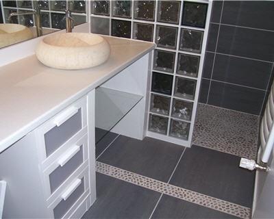 17 meilleures id es propos de salle de bains brique sur for Modeles de salle de bain avec douche italienne