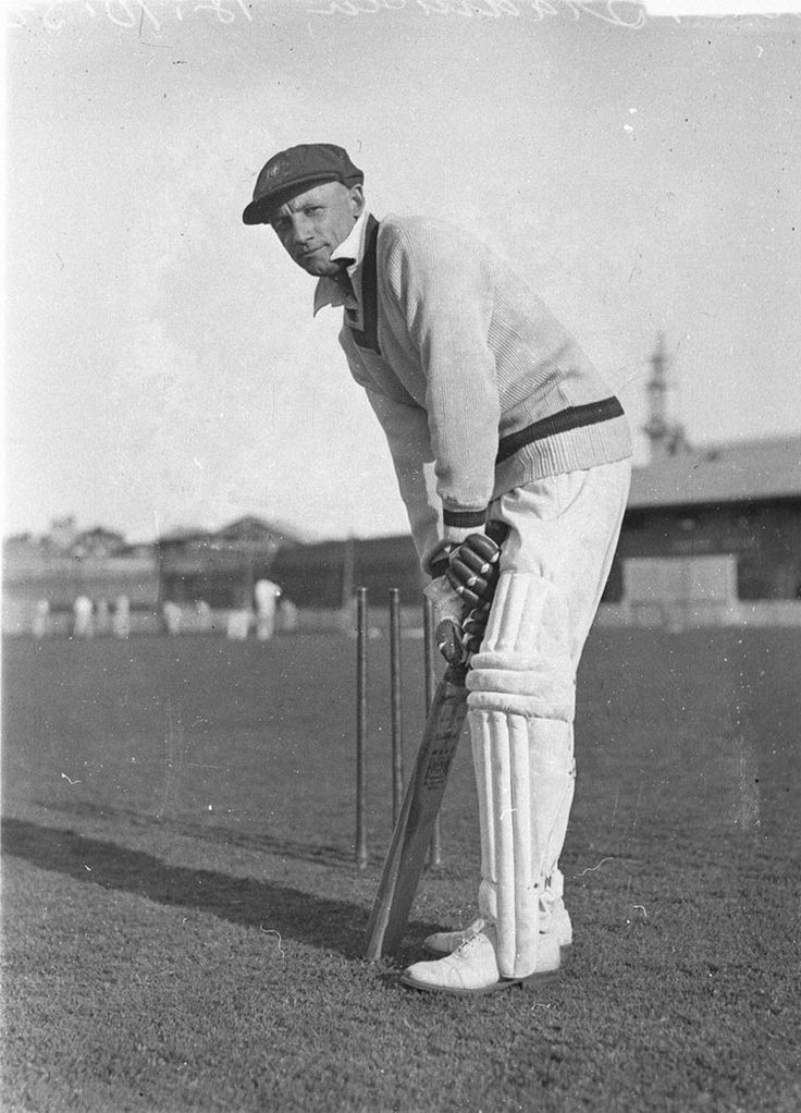 Don Bradman at practice, 18 October 1932. Sam Hood collection, Mitchell Library, State Library of New South Wales: http://www.acmssearch.sl.nsw.gov.au/search/itemDetailPaged.cgi?itemID=50666