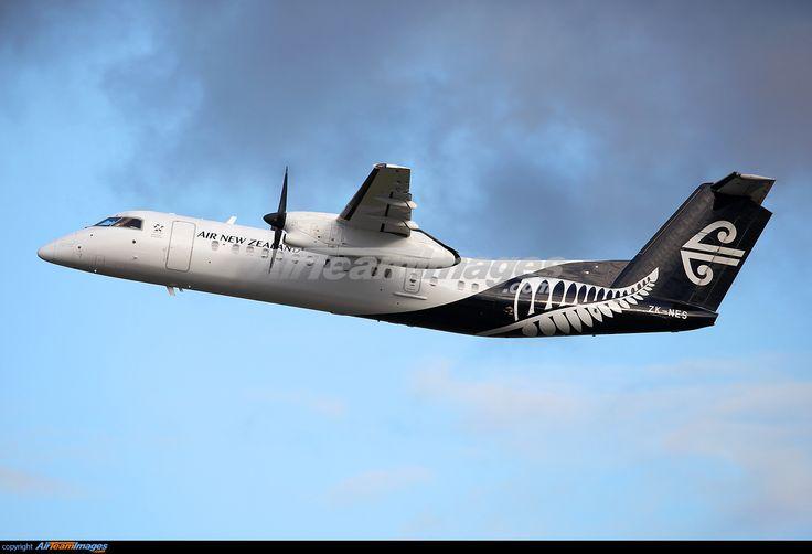 Bombardier Dash 8-311Q
