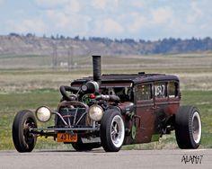1928 Dodge - Diesel Rat Rod (by Steve Darnell www.amcarguide.com/hot-rod/welderup-rat-rod/)