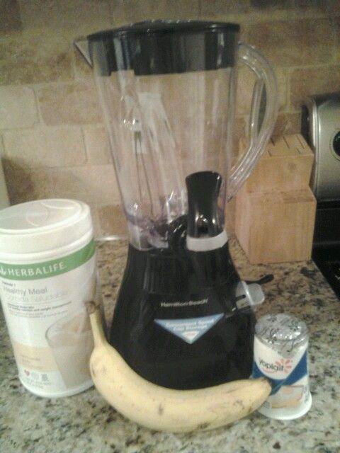 Banana Bread Batter Herbalife shake! Two scoops vanilla herbalife shake mix, one…