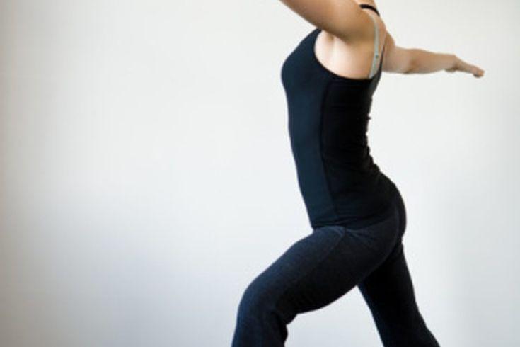 Calorías quemadas con el yoga Moksha. El yoga Moksha es una forma de marga registrada de práctica de yoga que se originó en Canadá en el 2004. Siendo una forma de yoga caliente, Moksha se practica en habitaciones calefaccionadas para sacar ventaja de la mayor flexibilidad de los músculos en un ...