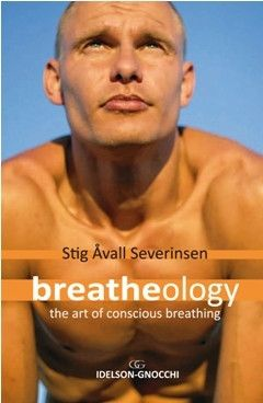 10 Essential Books for Freedivers - DeeperBlue.com Stig holds the world record for the longest breath held under water (in a swimming pool) at over 22 minutes!!!