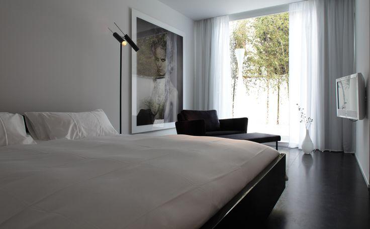 Maison Delaneau Hotel in Antwerp Belgium by Stefan Hommerin en Ruud van Oosterhout - execution by Nieuwkoop International