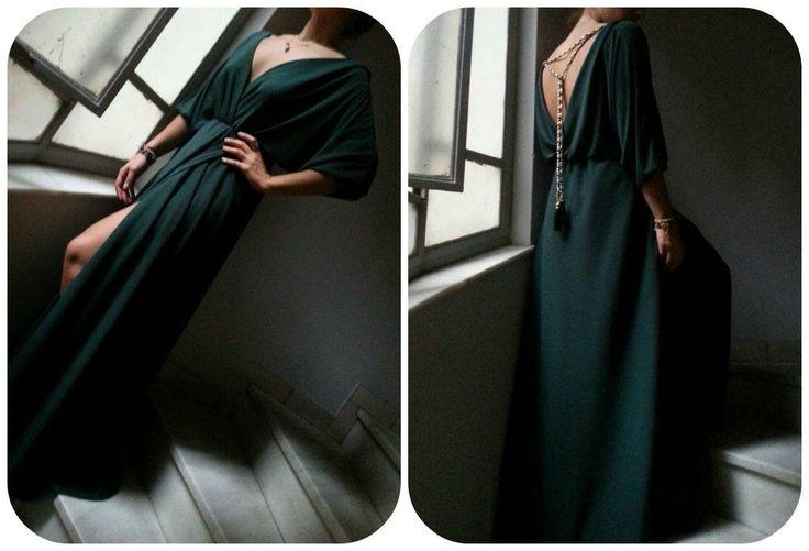 To αγαπημενο μας JULYTWO φορεμα.. πολυ εντυπωσιακο και σε πρασινο <3