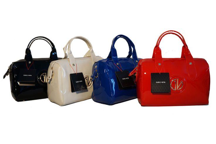 Ecopelle finitura vernice per il bauletto nei colori più glamour di questa stagione. Li trovi in vendita da OMGstylesEU su Amazon: http://www.amazon.it/s/ref=sr_nr_p_4_3?me=AMVJO3UPU429R&fst=as%3Aoff&rh=p_4%3AGuido+Vietri&ie=UTF8&qid=1434890458