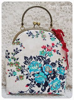 Romantic frame bag