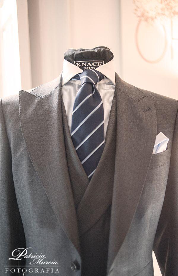 La elegancia masculina de Knack Men · Love & Vintage #novio #groom #bodas #wedding #spain