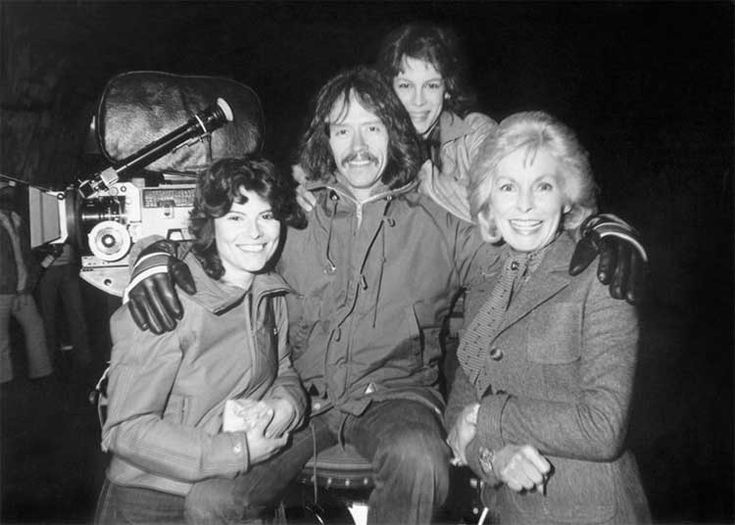 Director John Carpenter with Adrienne Barbeau, Jamie Lee Curtis and Janet Leigh on the set of The Fog