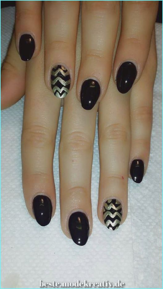 Magical 43 Klassische und fröhliche Nagelkunst für ovale Nägel, die Sie ausprobieren möchten – Nägel