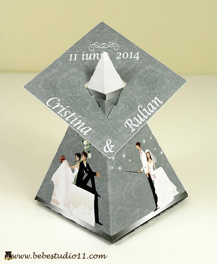 Marturii Nunta Cutiute Bomboane Piramida