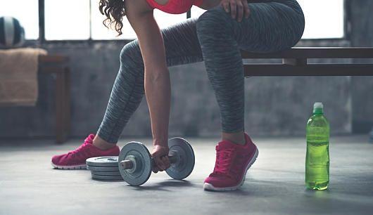 Die Kombi aus Training und gesunder Ernährung führt zum optimalen Mukelaufbau