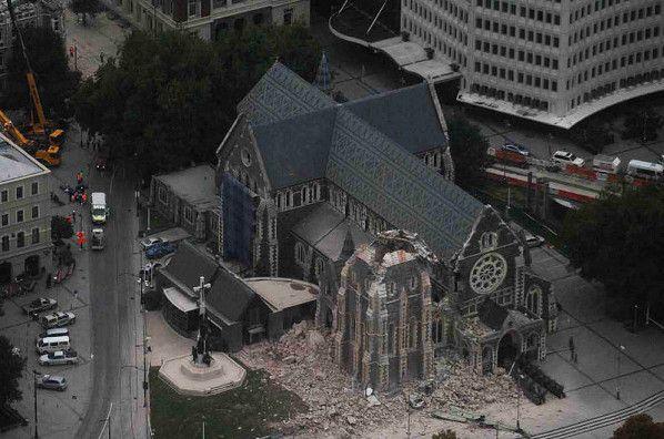 Reconstruire sur des ruines après un séisme... http://www.blog-habitat-durable.com/reconstruire-sur-des-ruines-apres-un-seisme/