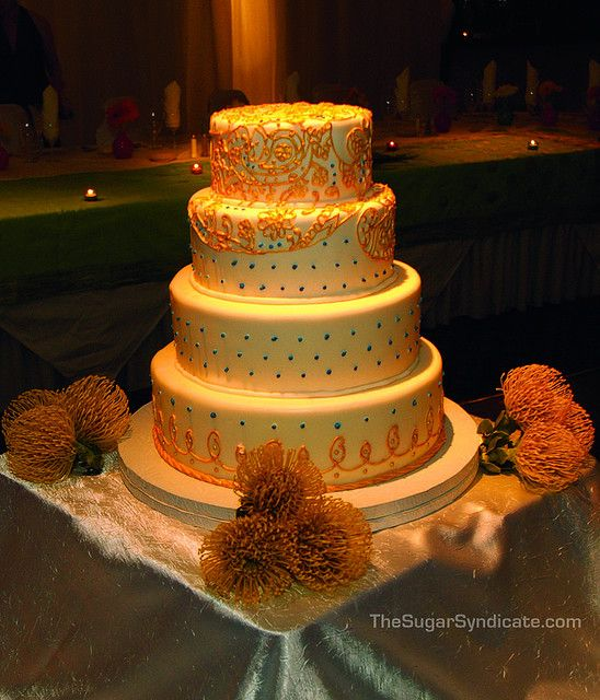 indian wedding cakes pictures gold and sapphire indian wedding cake indian wedding 16421