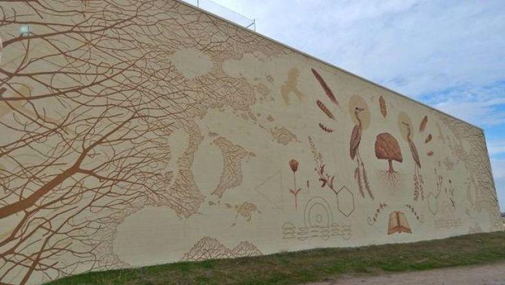 Intervención artística acometida en el frontón municipal de Juzbado