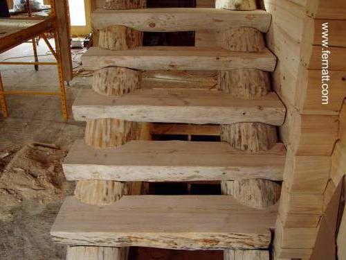 Rustic stair - Escalera de estructura rústica ideal para una cabaña