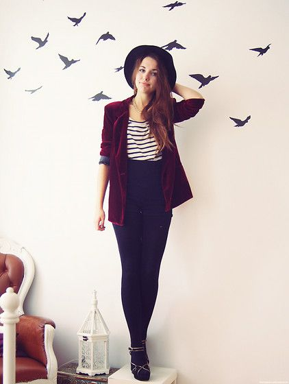 do this with my american apparel disco pants, vintage velvet jacket,blue hat..... find a similar tops