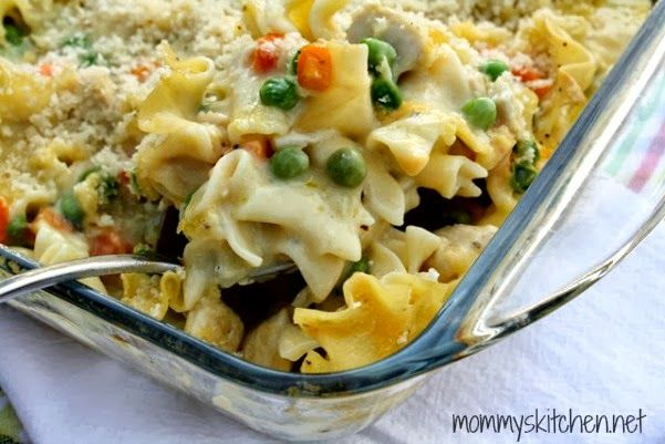 Mommy's Kitchen - Old Fashioned & Southern Style Cooking: Creamy Chicken Noodle Bake