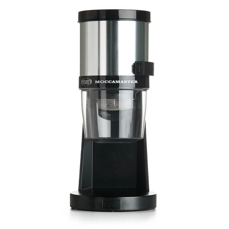 The Moccamaster KM4 Coffee Grinder exhibits the kind of innovation that will change your mind on the effectiveness of blade coffee grinders. This isn't your average supermarket grinder. This powerhouse is designed with the backing of 50 years of experience and innovation.