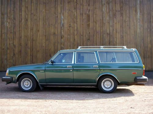 Volvo 245 (US version)