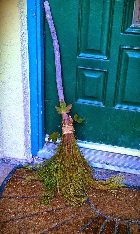Wicca, Bruxaria e Magia: A Vassoura