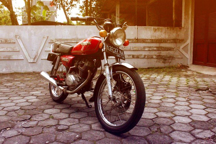 Honda GL 100 1979 1st generation of GL's Clann in Indonesia
