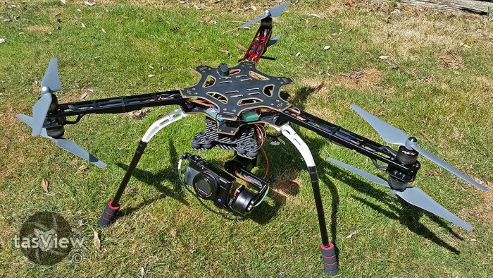 """03 F550 Y6 Tricopter After an epiphany today, my new """"tripod"""" with Sony RX100M3 is almost ready for testing :D"""