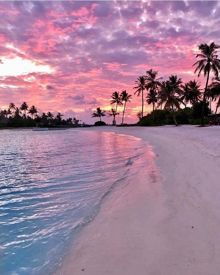 "97.9k Likes, 531 Comments - Earthpix (@earthpix) on Instagram: ""Sunset in Maldives PC: @pilotmadeleine"""