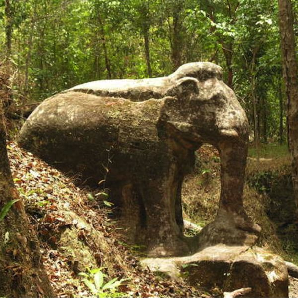 Check out this slideshow Lost Temples in this list Siem Reap's Off-the-Beaten-Path Temples