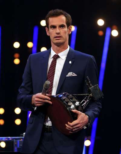 Andy Murray celebrates winning the 2015 Sports Personality of the Year