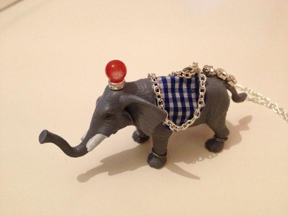 Handmade elephant necklace by HappyDonkey on Etsy, €17.00
