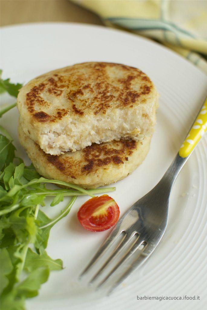 Burger vegetariani di cavolfiore senza uova leggeri