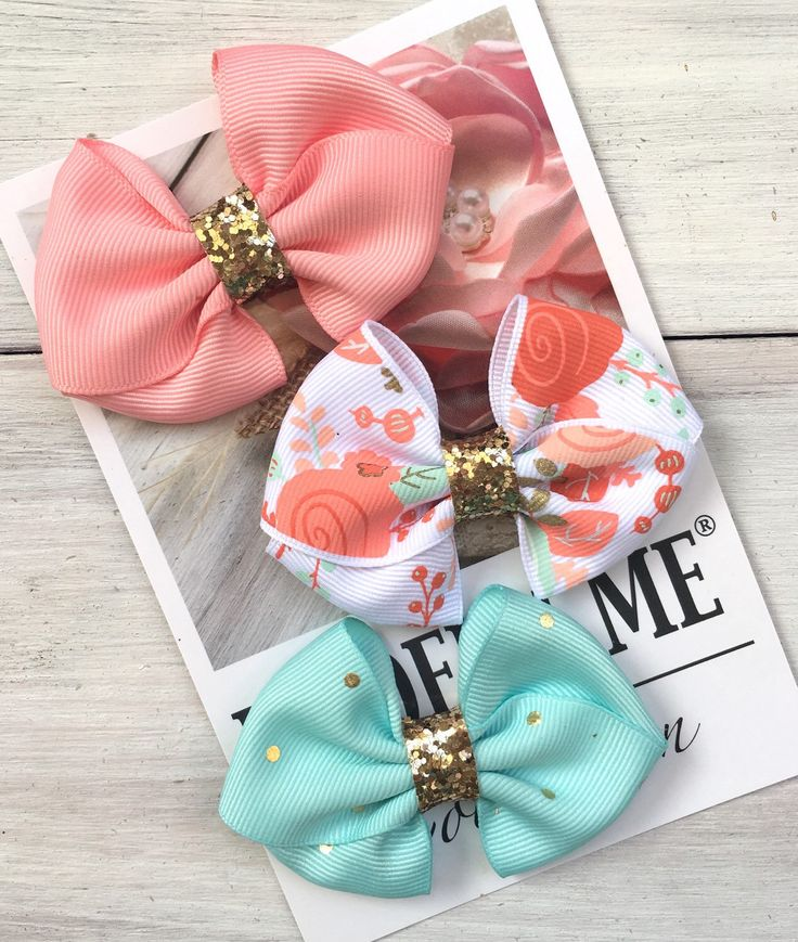 Dog Hair Bows, Dog Collar Bows, Dog Accessories, Dog Wedding Bows, Yorkie Shih tzu Maltese by ModernMeCollection on Etsy https://www.etsy.com/listing/264123585/dog-hair-bows-dog-collar-bows-dog