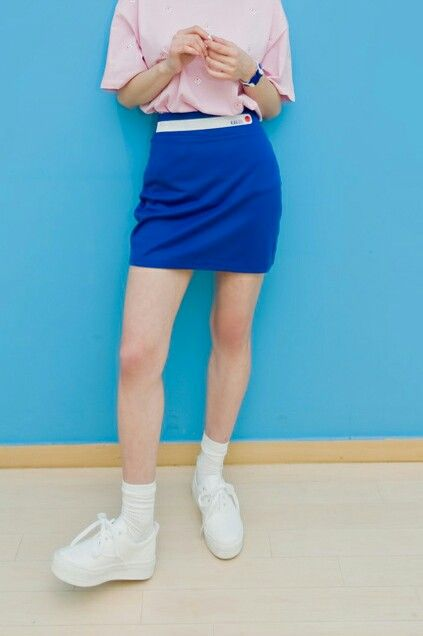 Now seems the perfect time to show a little leg and put some wiggle in your days. With this elastic mini skirt blue you'll certainly be swinging your hips and swishing your hemline at every opportunity.  It's fitted to your body in the waist and hips because most of us feel like we don't need to extra volume there. Then the skirt stretch fabric give you a great full hemline.  kakuubasic.com