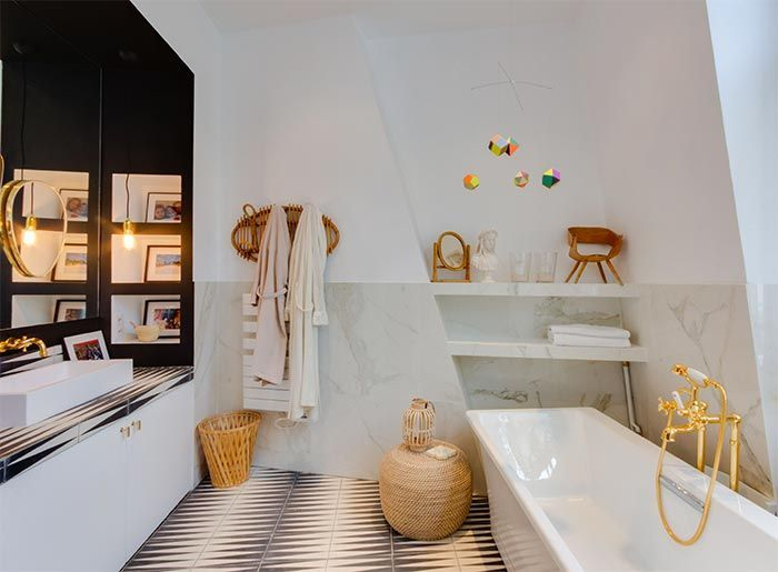 Una casa pluscuamperfecta de 240m2 en París · A more than perfect home in Paris