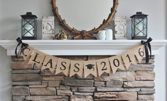 Burlap Class 2016 Banner  Congratulations to Class of 2016! Banner details:  ~ Hand painted black letters ~ Black satin bows included
