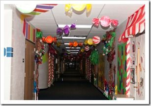 Seriously intense and inspiring elementary hallway ideas. Could be adapted for library decorating, especially if you have a tolerant fire marshall. :)