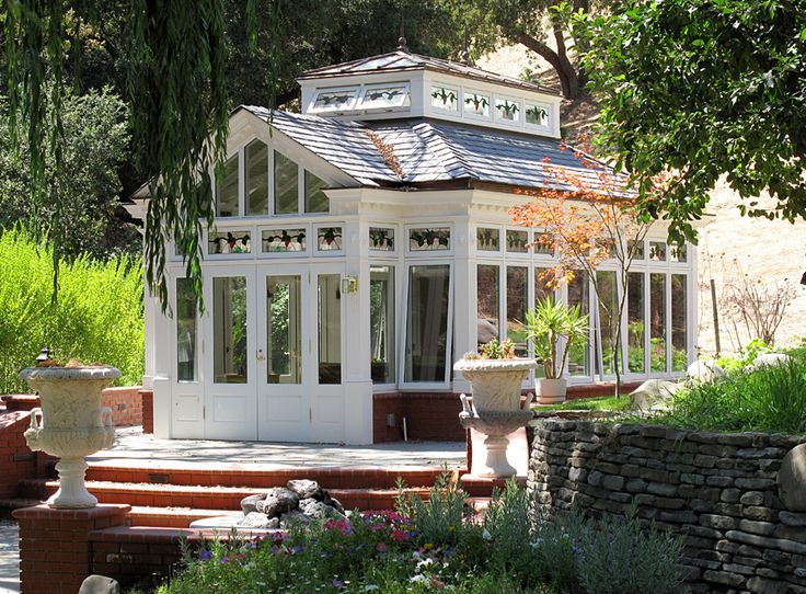 Free standing conservatory by renaissance conservatories for Victorian garden room