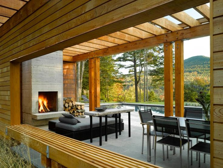 10 Beautiful Pictures of Outdoor Fireplaces and Fire Pits