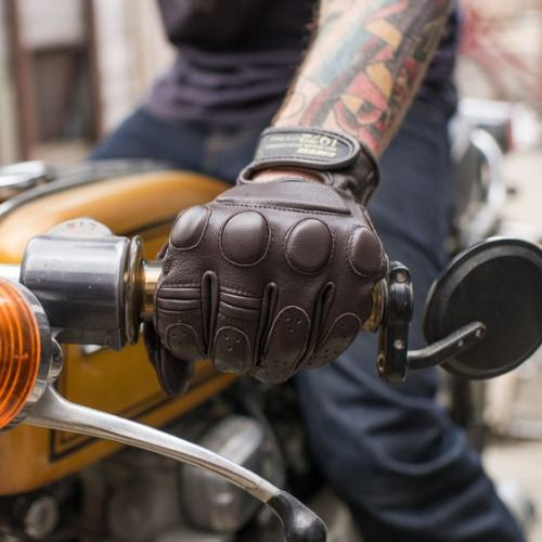 "jebiga-design-magazine: "" Top 10 Motorcycle Gloves For Winter and Spring If you are an avid biker, having a proper, well-insulated pair of gloves is an absolute must in winter months. So, we were diligent yet again and sifted through the ocean of..."