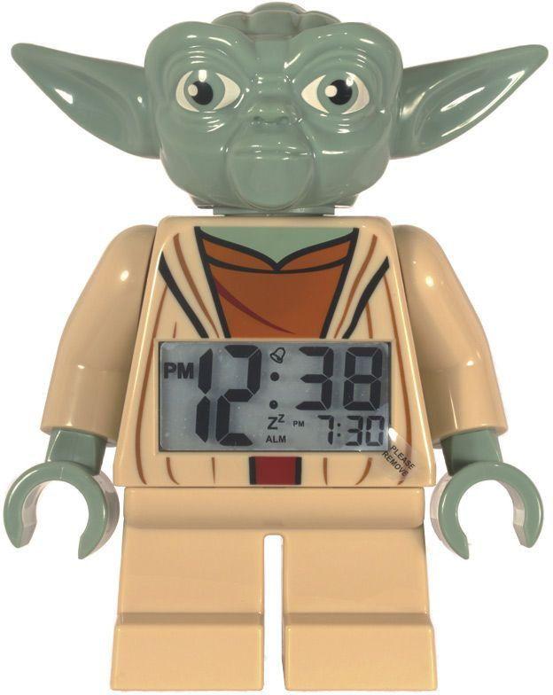 Les 23 meilleures images du tableau deco star wars sur pinterest affiche star wars chambre - Maitre yoda lego ...