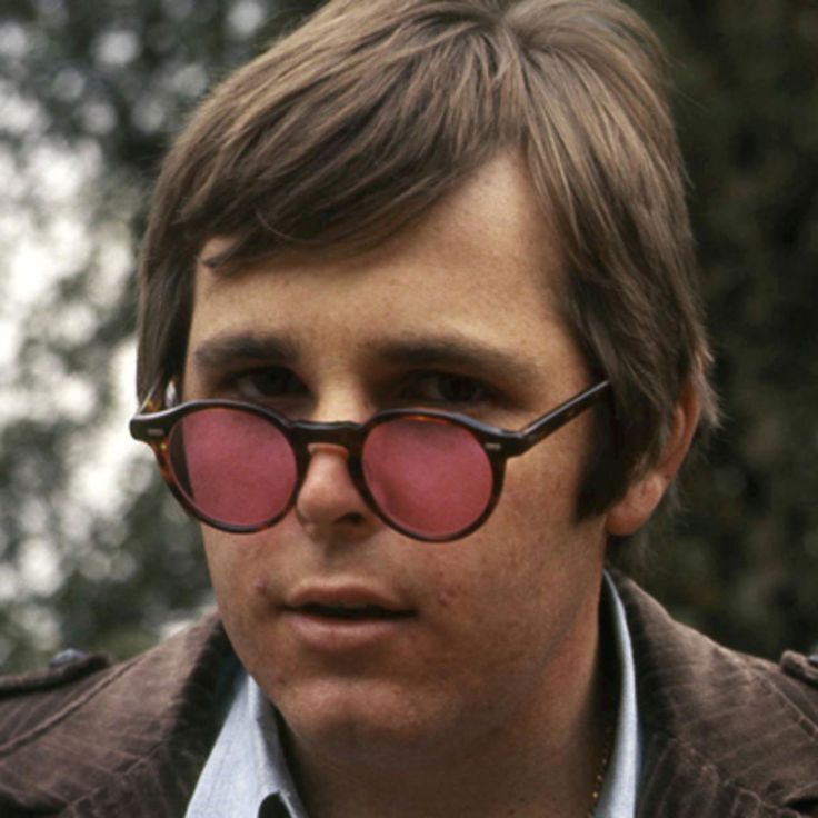Learn more about Carl Wilson, one of the founding members of the 1960s group the Beach Boys, at Biography.com.