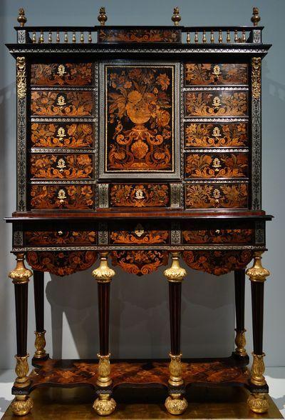 2092 besten meubels bilder auf pinterest antike m bel antike und franz sische m bel. Black Bedroom Furniture Sets. Home Design Ideas