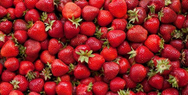 Que boire avec... des fraises ?  http://avis-vin.lefigaro.fr/connaitre-deguster/o29760-accord-mets-vins-que-boire-avec-des-fraises