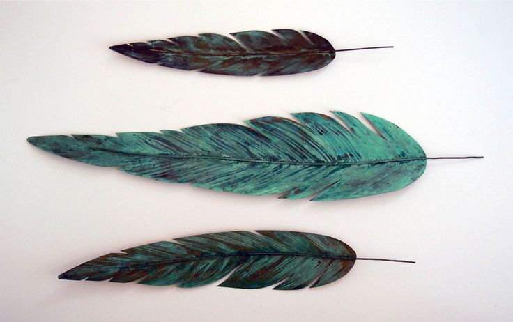 Three Feathers - Vivian Keenan, Parnell Gallery Artisthttp://www.parnellgallery.co.nz/artists/vivian-keenan/